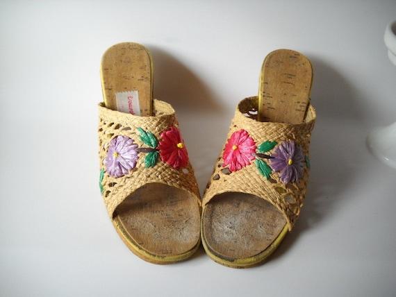 Vintage Shoes Woven Straw Wedge Shoes Carmen Miranda Size 8 Summer Fashion Resort Wear