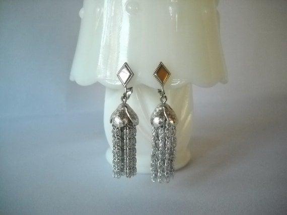 Vintage Earrings 1970s Earrings Tassel Earrings Sarah Coventry Mod Earrings Chandelier Earrings