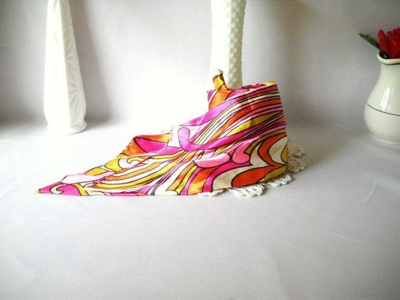 Vintage Scarf 1960s Scarf Bold Pink Scarf Mod Scarf Psychedelic Design Hot Pink