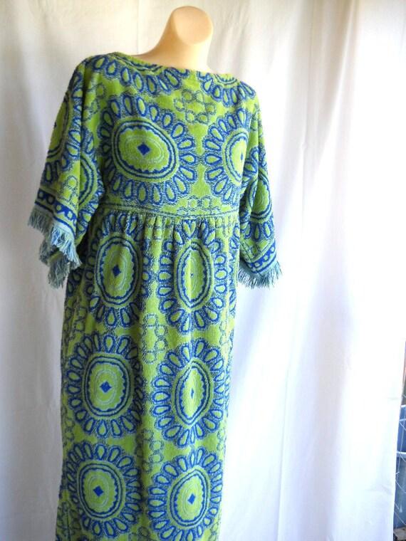 Vintage Terry Cloth Dress Mod Dress Long Dress Beach Cover Up