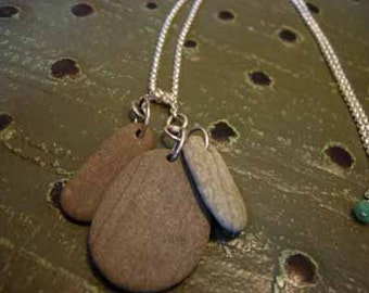 3 by the sea beach stone necklace