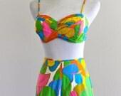 60s Carole Mary Hawaii Honolulu by Kahala Playsuit Swimsuit Bikini Top Shorts Retro Resort . Small . D120