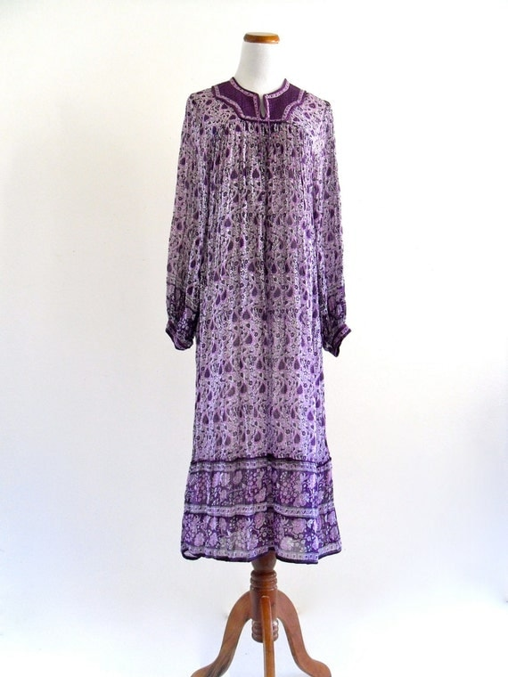 70s inDia CottoN PaisLey GauZe sHeeR Boho HiPpie FeStiVaL MaXi CafTan DreSs . XS . small . SM . medium . D043 .