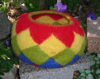 Small Entrelac Basket