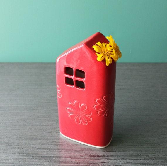 Porcelain house vase
