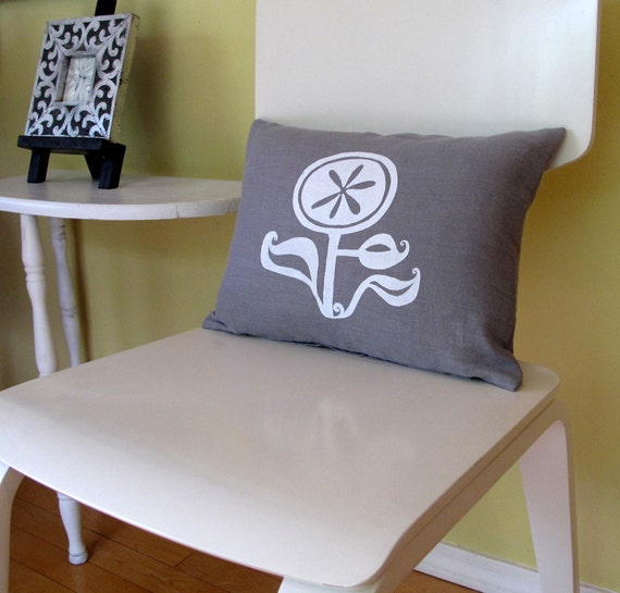 Pillow Cover - Cushion Cover - Happy Flower - 12 x 16 inches - Choose your fabric and ink color - Accent Pillow