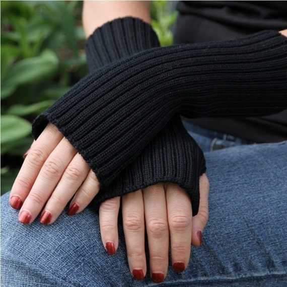 Merino wool armwarmers - Black fall or winter fingerless - - Free shipping