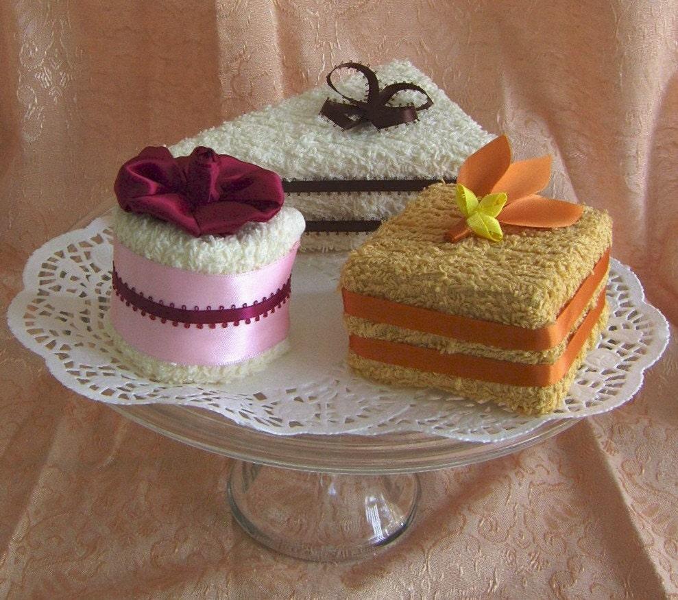 Towel Cakes Set Of Three Mini Towel Desserts