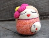 Needlefelted Blond Mama Egg with Child WOOLY Made to Order