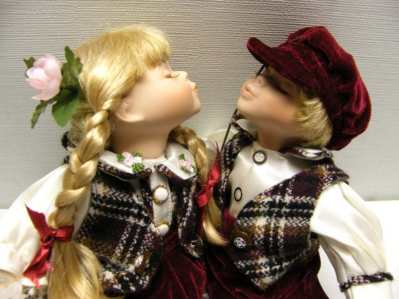 Kissing Dolls On Swing Bench Porcelain Collectible By Owlshop