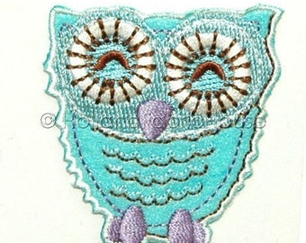 Sweet Owl in Light Blue iron-on transfer