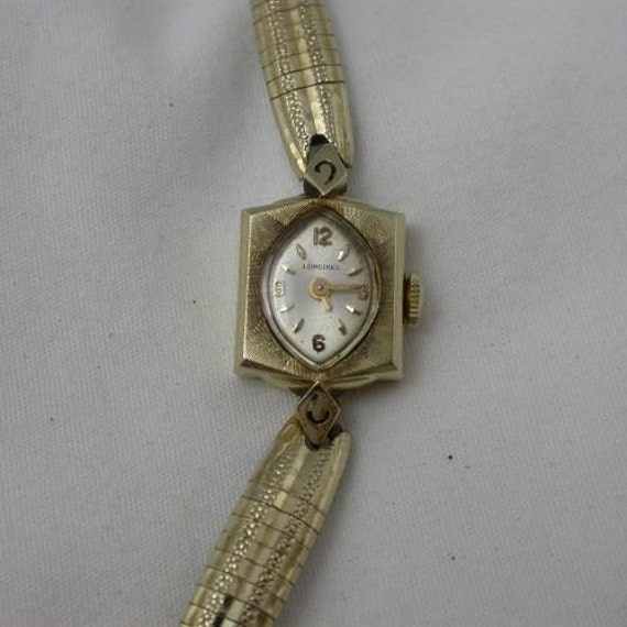 14K Yellow Gold Longines and Wittnauer Ladies Wind-Up Wrist Watch Vintage