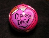 Cupcake Diva Ornament (Item number 532)