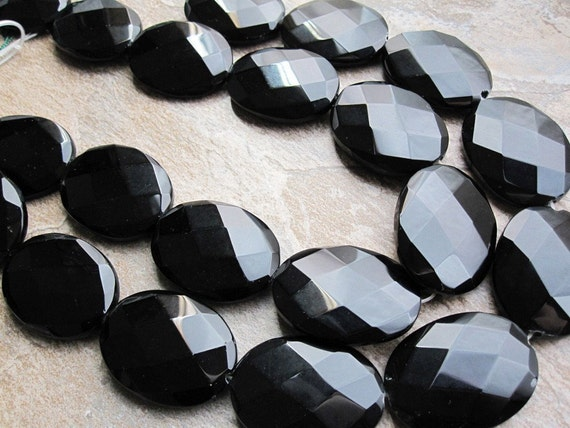 Onyx Faceted LARGE Ovals FULL STRAND