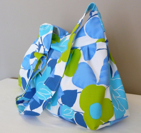 Everyday bag ,Shoulder Bag,Diaper bag, Turquoise,Blue, Green, Adjustable strap, Canvas...FLOWERS...