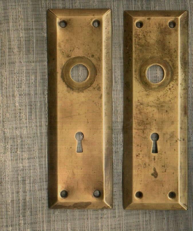 Antique Brass Door Key Hole Knob Back Plates Architectural