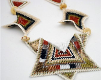 Necklace in Naturals