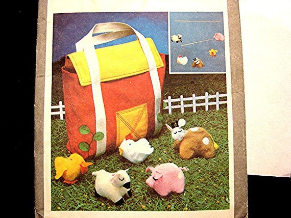 1970s Simplicity Boy Girl Pattern for Farmyard Friends Animals and Barn Tote Bag UNCUT Toy Sewing Pattern