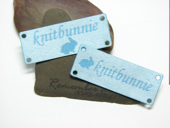 Knitting labels with holes for tying - new design