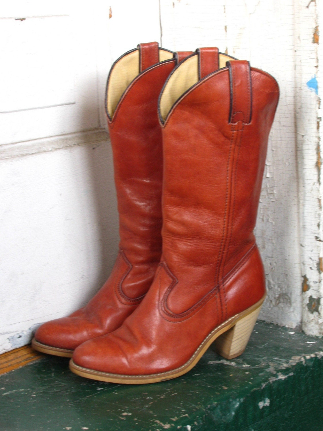 70s stacked heel cowboy boots 6 by anewlifeforyou on etsy
