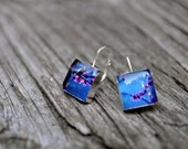 BUDDING. Lever-back dangle earrings. (Sterling Silver)