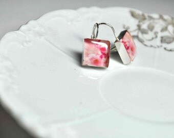 BLOOM. Lever-back dangle earrings. (Sterling Silver)