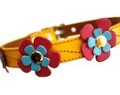 XXL Cool Leather Dog Collar - Flowers in Yellow