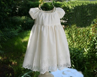 Delicate and adorable lined ivory dress....Available in sizes 1T..2T..3T..4T..5..6..7..and8....Also available in WHITE.....