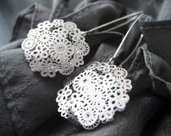 Silver Earrings, Filigree Earrings, Lace Sterling Silver Earrings, Modern, Simple, Dangle earrings by CuteJewels
