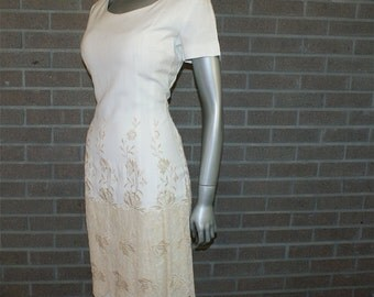 Vintage 50's 60's - Edith Flagg of California - Wiggle Dress Beige and Ivory Linen with Embroidery Rare Plus Size