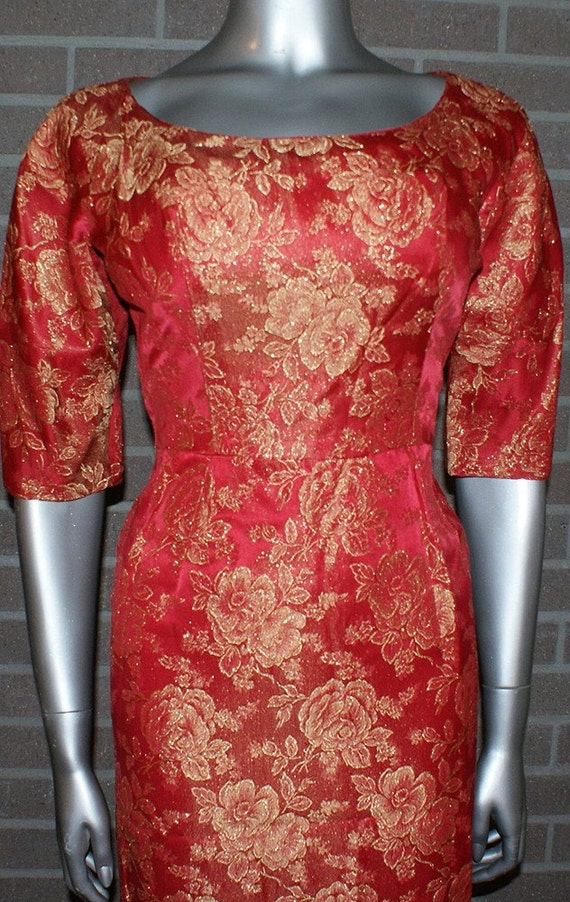Gorgeous Vintage 50's SEXY Bombshell Wiggle Dress Fire Engine Red with Gold Roses