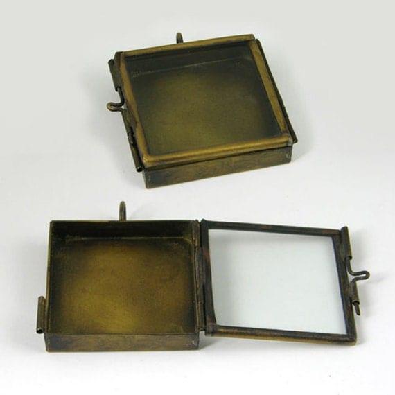 6 Glass Locket Shadow Box Square, Vintage Brass Pendants, G2338.95