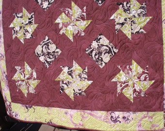 Pinwheels Baby Quilt Table Quilt