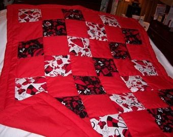 Handmade Loralie Red Hats, Bags, Shoes Lap/Throw Quilt-NEWLY MADE 2016
