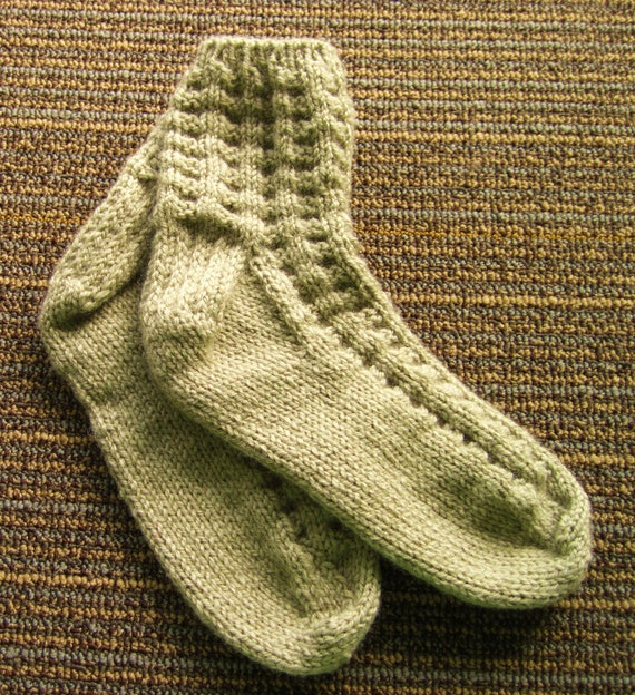 Women's Hand Knit Socks. Wool Acrylic Blend. Mineral Heather. Taupe. Tan.