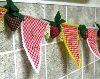 Baby Berry Bunting