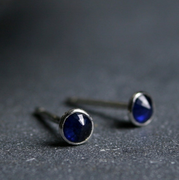 Teeny rose cut blue sapphire and sterling silver stud earrings 3mm