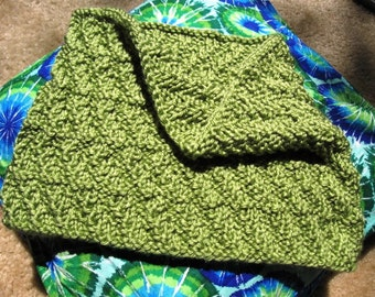 PDF knitting pattern, Comfy cowl, slip-on easy scarf, easy diagonal pattern, just right size under your jacket