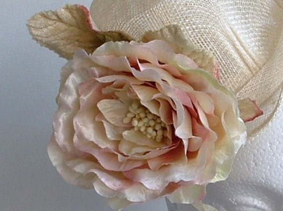 Sample SALE - Mini Top Hat - Ivory and Blush