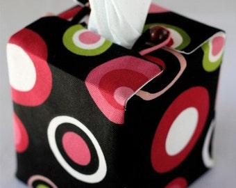 Polka Dotted Tissue Box Cover