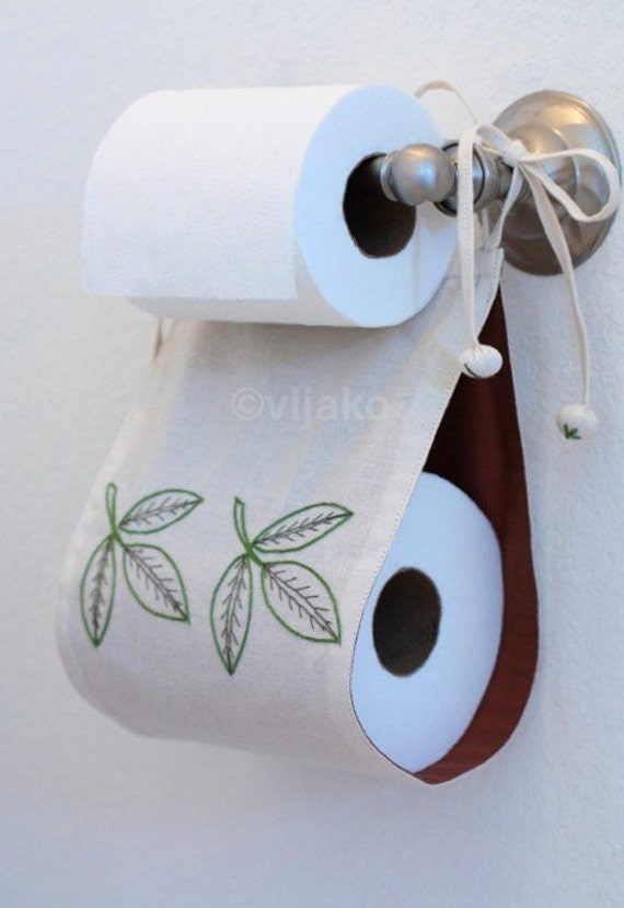 Embroidered White Toilet Paper Holder With Leaf Design