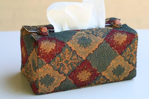 Ornate diamond design tissue box cover
