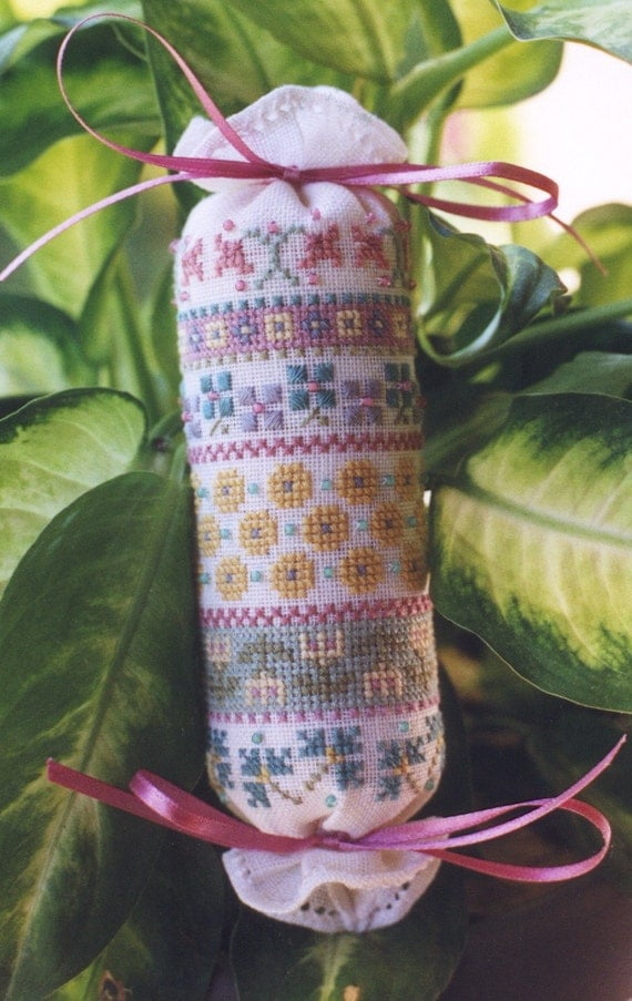 M Designs Country French Needle Roll Cross Stitch Chart