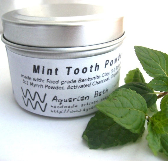 Mint Tooth Powder- A Natural Tooth paste Alternative