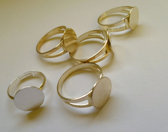 Ring Finding, gold-plated brass