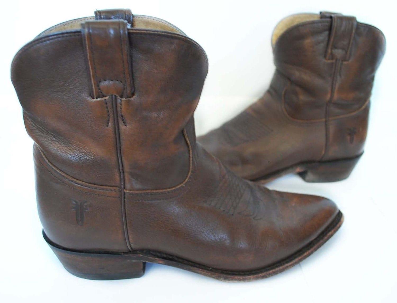 Brilliant  Shorts  Zara Cowboy Boots  Zara Bag  Girls You Know You Better