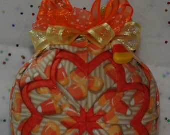 Quilted Ornaments Quilt Ball Ornaments Longaberger Candy Corn Handmade Beaded Hanger Matching Candy Corn Charm