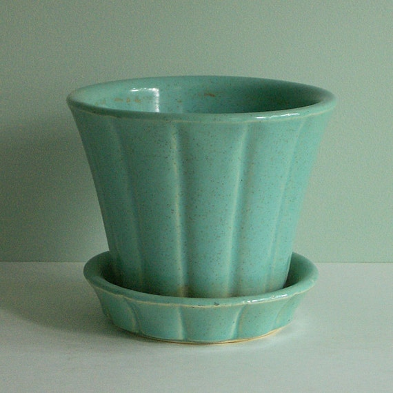 Mccoy Pottery 1950s Flower Pot With Attached Saucer In Aqua