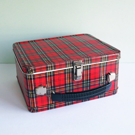 1960s Child's Tartan Plaid Lunchbox Made by Aladdin Industries