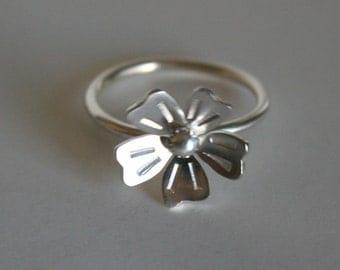 Modern Silver Flower Ring, Modern Flower Design, Silver RIng, Silver Flower Jewelry, Stamped Jewelry, Sterling Silver RIng, Gift for Her